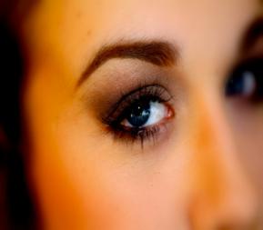 Valentine's Day Makeup Tutorial: Perfect SmokeyEye