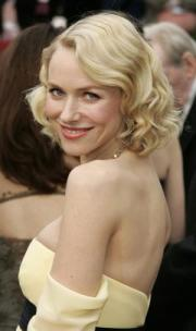 Naomi Watts at last year's Annual Academy Awards .