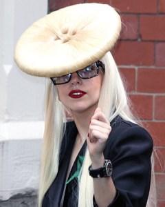 Outrageous hair styles Lady Gaga