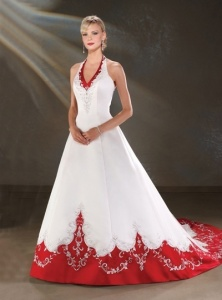 tips for choosing just the right Christmas wedding gown.