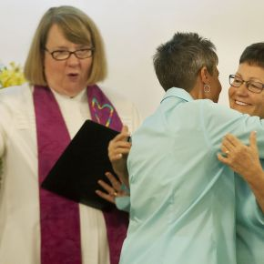 Wedding Wednesday: Same-sex couples can now wed in Florida