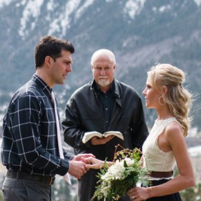 Wedding Wednesday: Considering Elopement? These Gorgeous Photos Will Convince You!