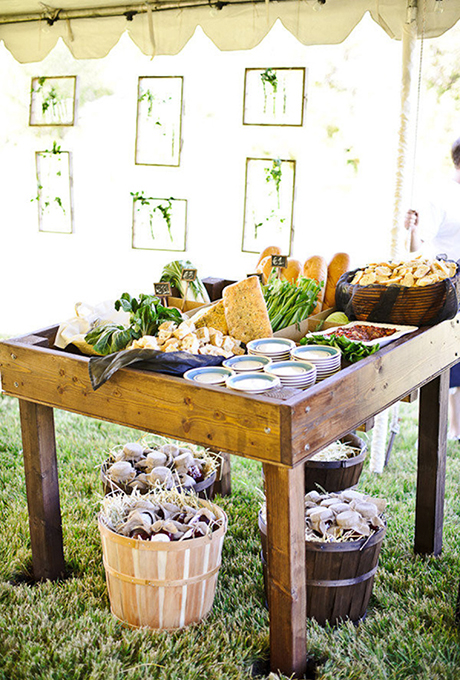 April 6, 2016 Wedding Wednesday: Creative Bar Food Ideas
