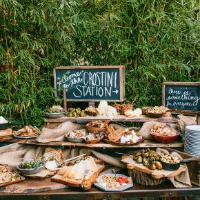 Wedding Wednesday: Creative Bar Food Ideas